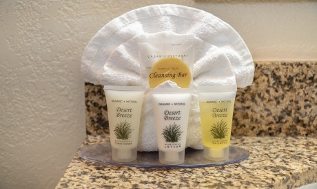 Welcome To Sea Breeze Inn - Signature Toiletries